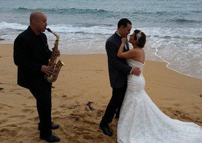 Grupo Kache Sax en la playa